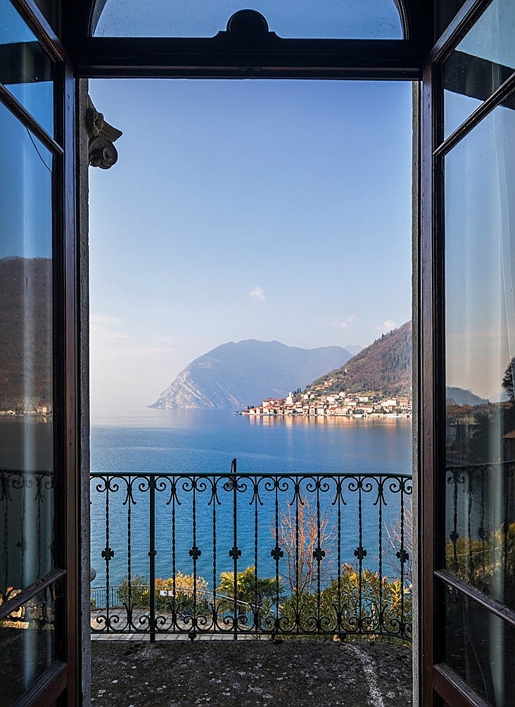 Sarnico - Lake Iseo: the perfect location for your house in Northern Italy