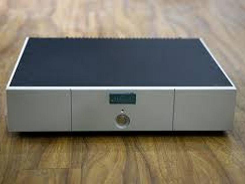 Goldmund Telos 150  Amplifier