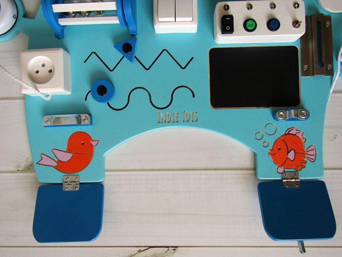 Развивающая игрушка - Бизиборд Слоник Мятный