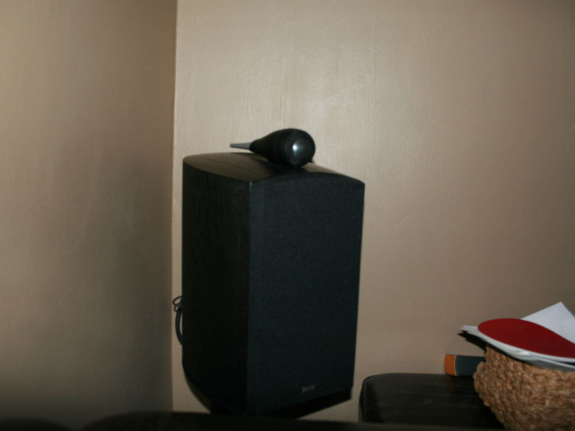 B&W Bowers and Wilkins 805N Ash black        with  B&W Stands all mint condition