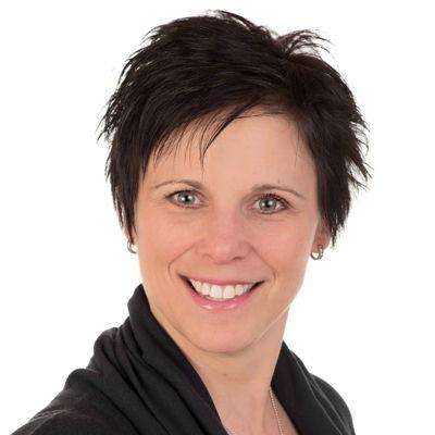 Annie Théroux  Real estate agent RE/MAX Professionnel
