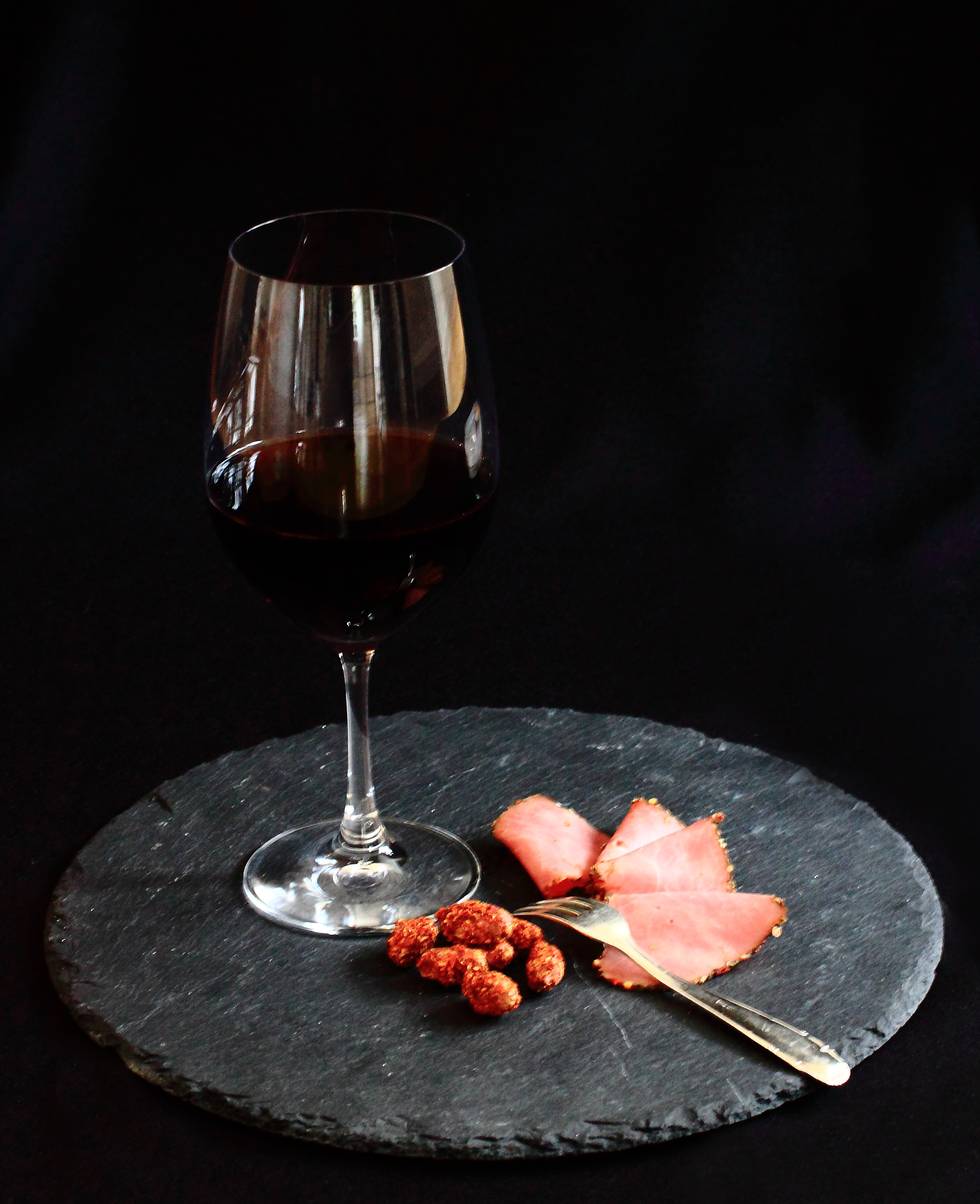 Gewürznüsse Rezept Ilyas Grillfeuer Erdnuss mit Rotwein