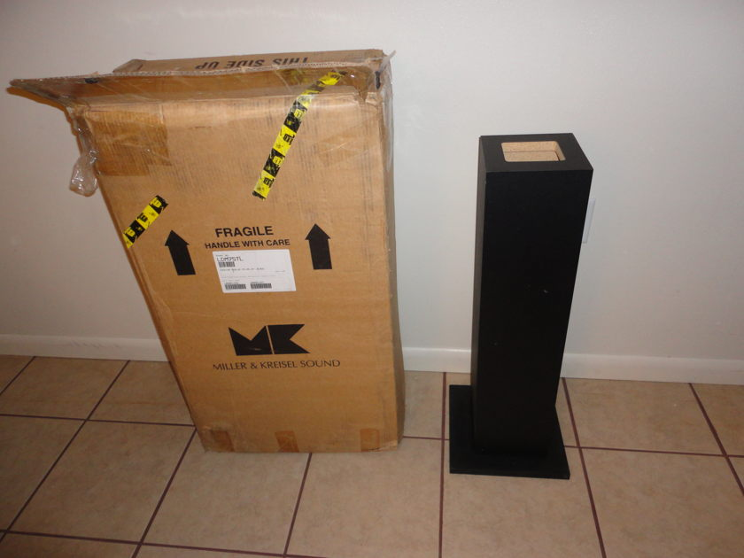 M&K LDM75TL Stands Excellent condition