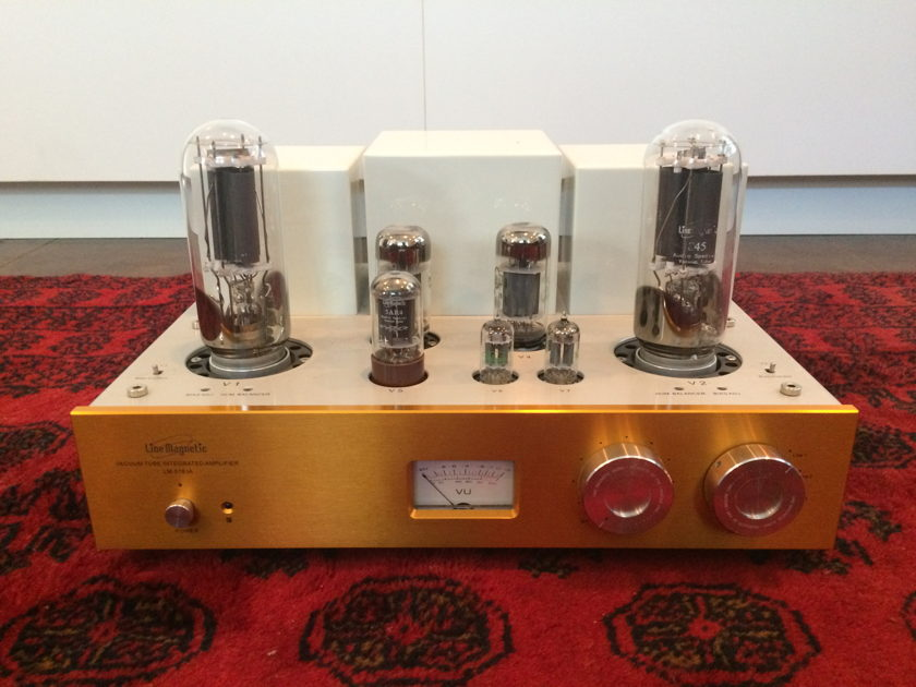 Line Magnetic 518IA integrated amp w/remote