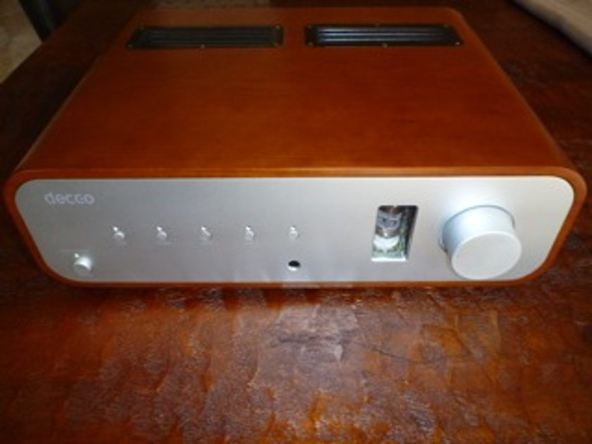 Peachtree Audio Decco hybrid amplifier in Cherry finish with warranty