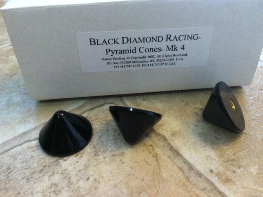 BLACK DIAMOND RACING BDR 3 Cones 3 Pucks Set LIKE NEW!