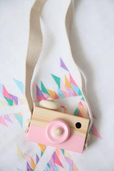 Фотоаппарат детский деревянный розовый
