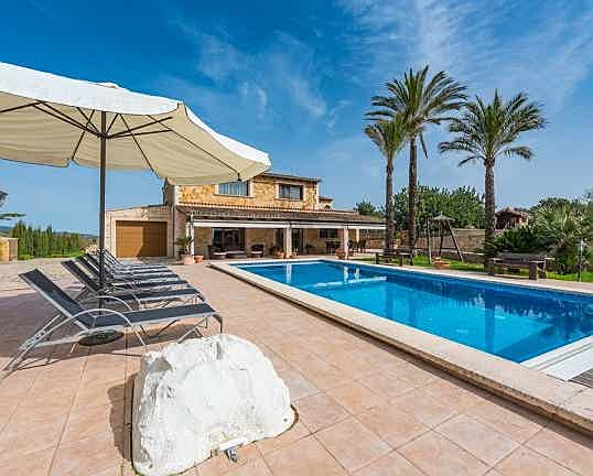 Balearic Islands - House for sale with incomparable views of the Tramuntana, Inca, Mallorca