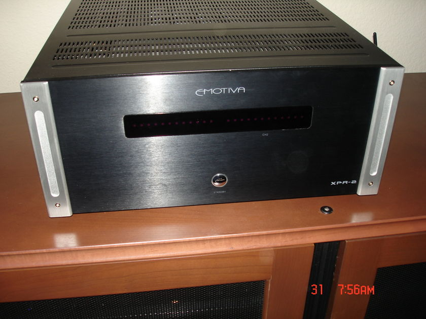 Emotiva XPA-2 Amplifier