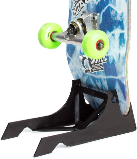 electric skateboard stand