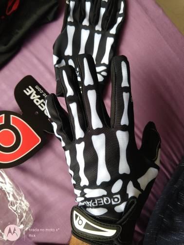 gants trottinette squelette legers