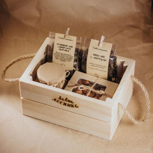 Мужской подарочный набор к 23 февраля в деревянном ящике