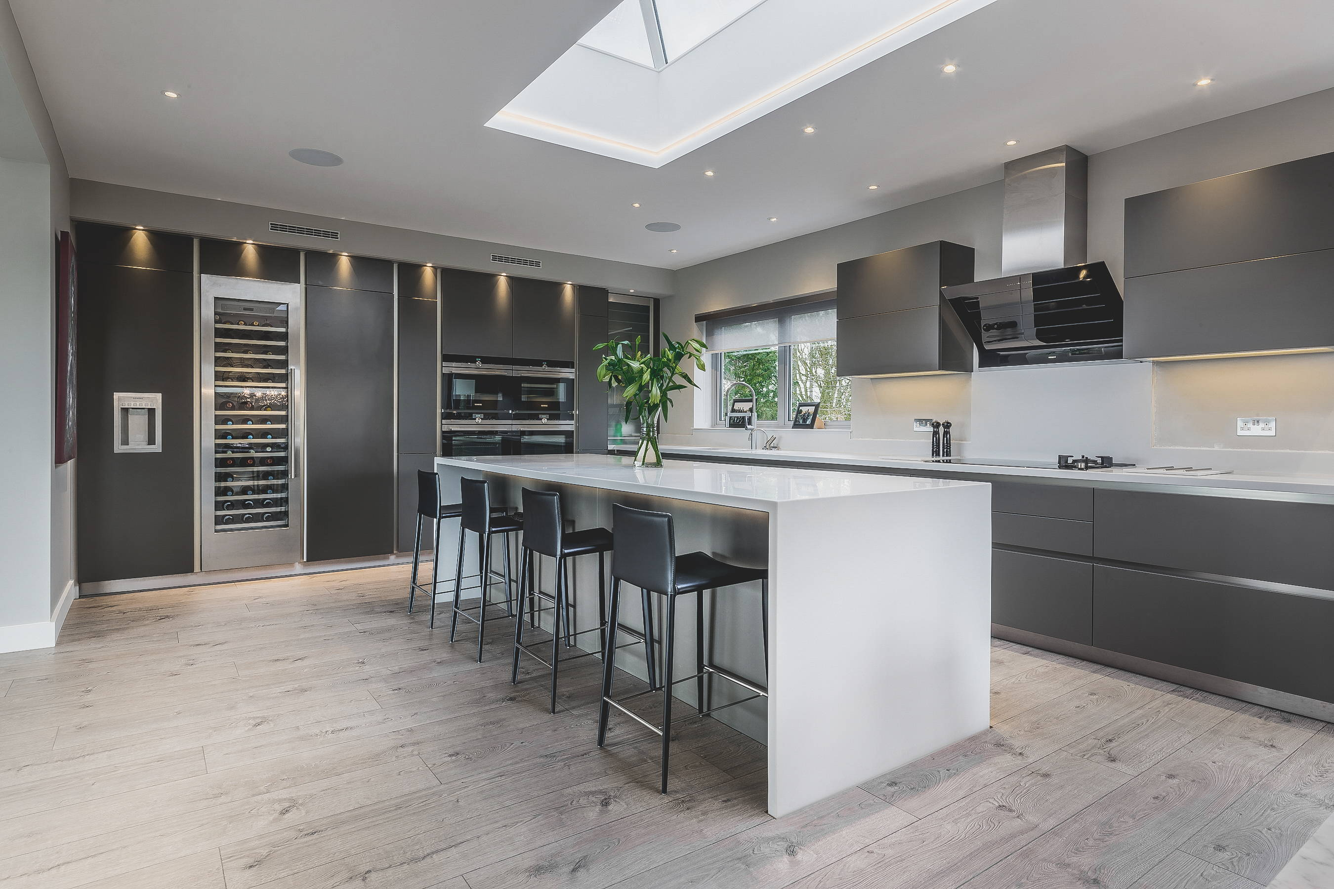 kitchen mood lighting. Try To Balance Bright Task Lighting With Soft Mood Lighting, As This Will Create An Accent In The Room And Separate Work Area From More Social Areas Kitchen
