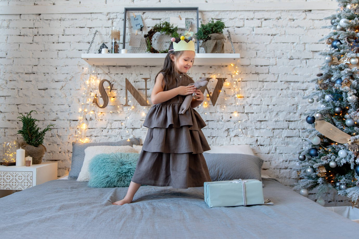 Льняное платье Nicole цвет мокко