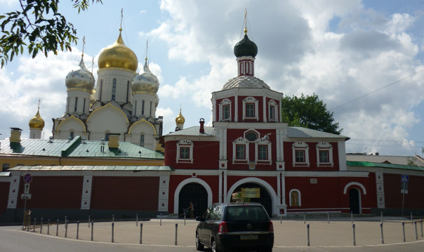 Женские монастыри Москвы
