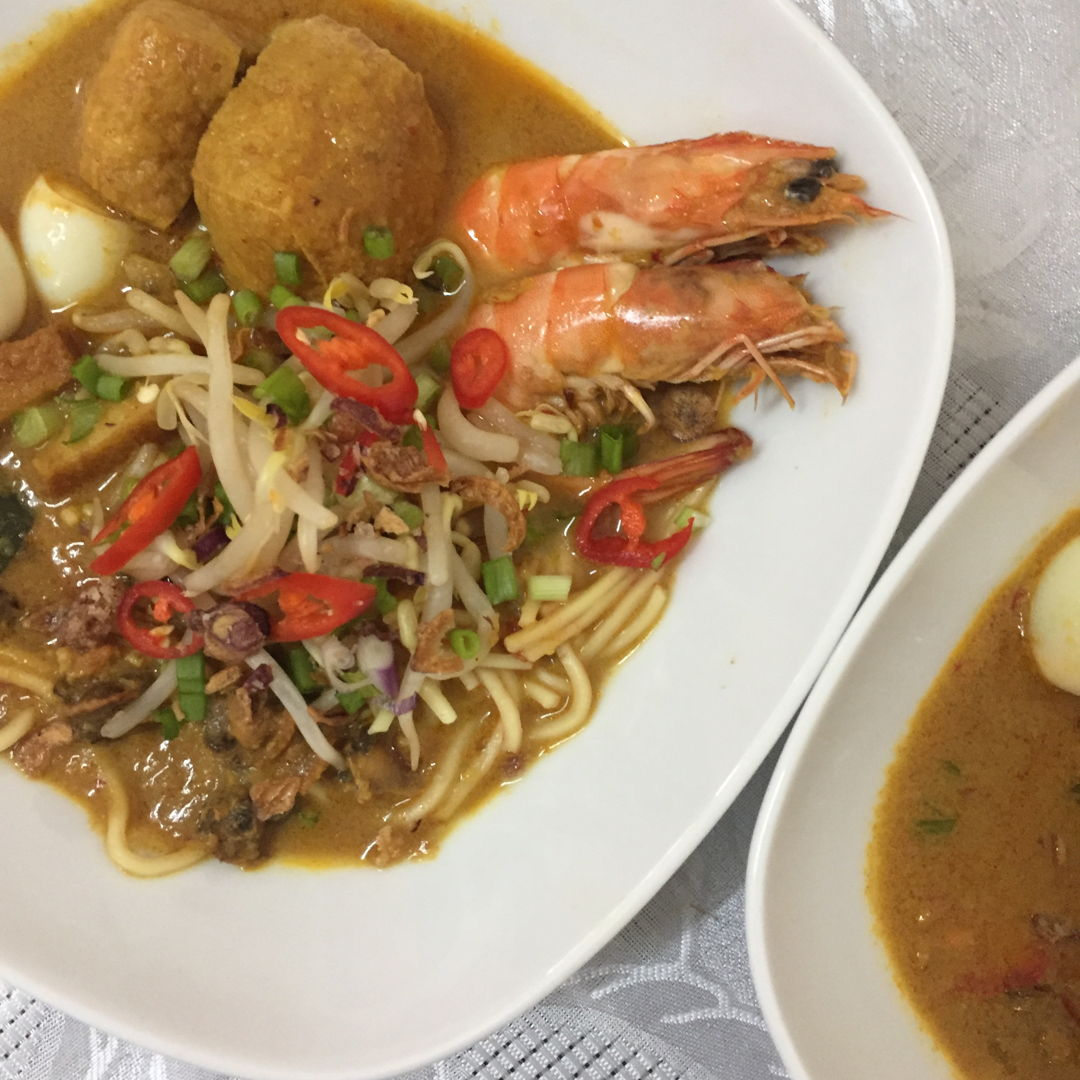 Prawn curry laksa!
