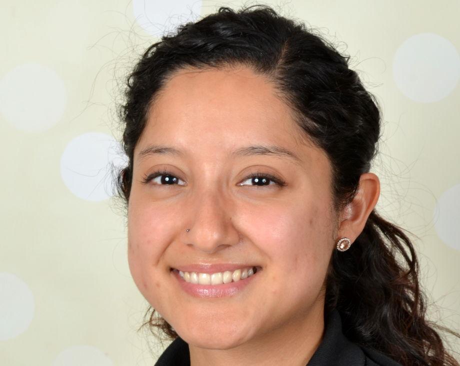 Ms. Brenda Kaganovski , Assistant Teacher - Float