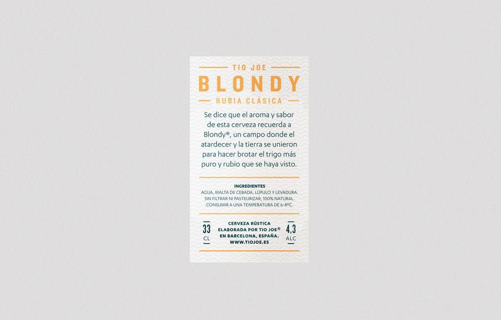 Diferente_Blondy_04.jpg