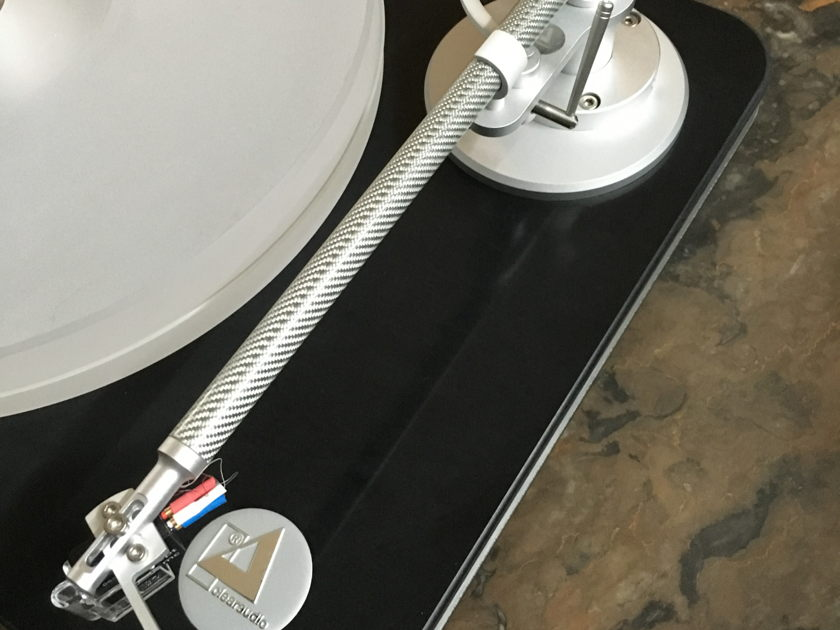 Clearaudio Performance CMB with NEW Verify Carbon Fiber Tonearm !!
