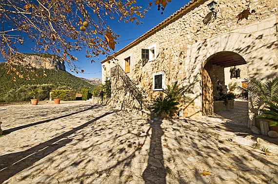 Llucmajor, Mallorca - Son Fuster in Alaró, one of the most famous and beautiful Majorcan country estates