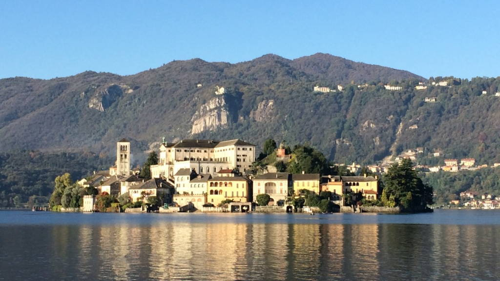 Lake Orta | Revittle