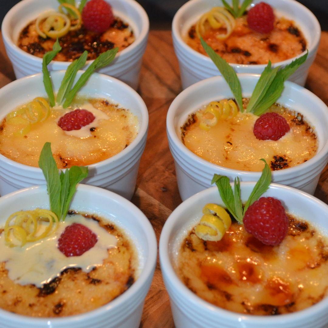 Date: 1 May 2020 (Fri) 29th Dessert: Crème Brûlée [330] [160.1%] [Score: 8.0] Cuisine: French Dish Type: Dessert