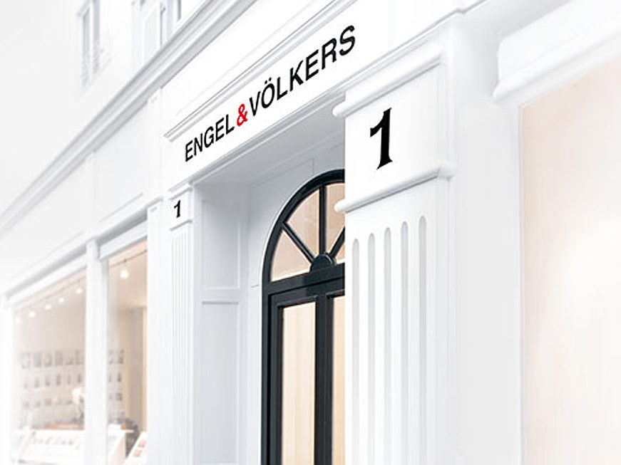 Hamburg - Become part of our over 40-year success story as a real estate agent from Engel & Völkers.