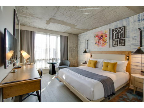 Romantic Weekend!  2 Night Stay at 50 Bowery, Dinner in DUMBO and a Blow Out