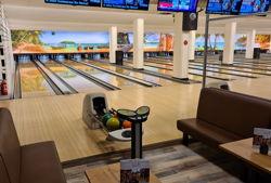 bowlingbahnen weißlicht querformat