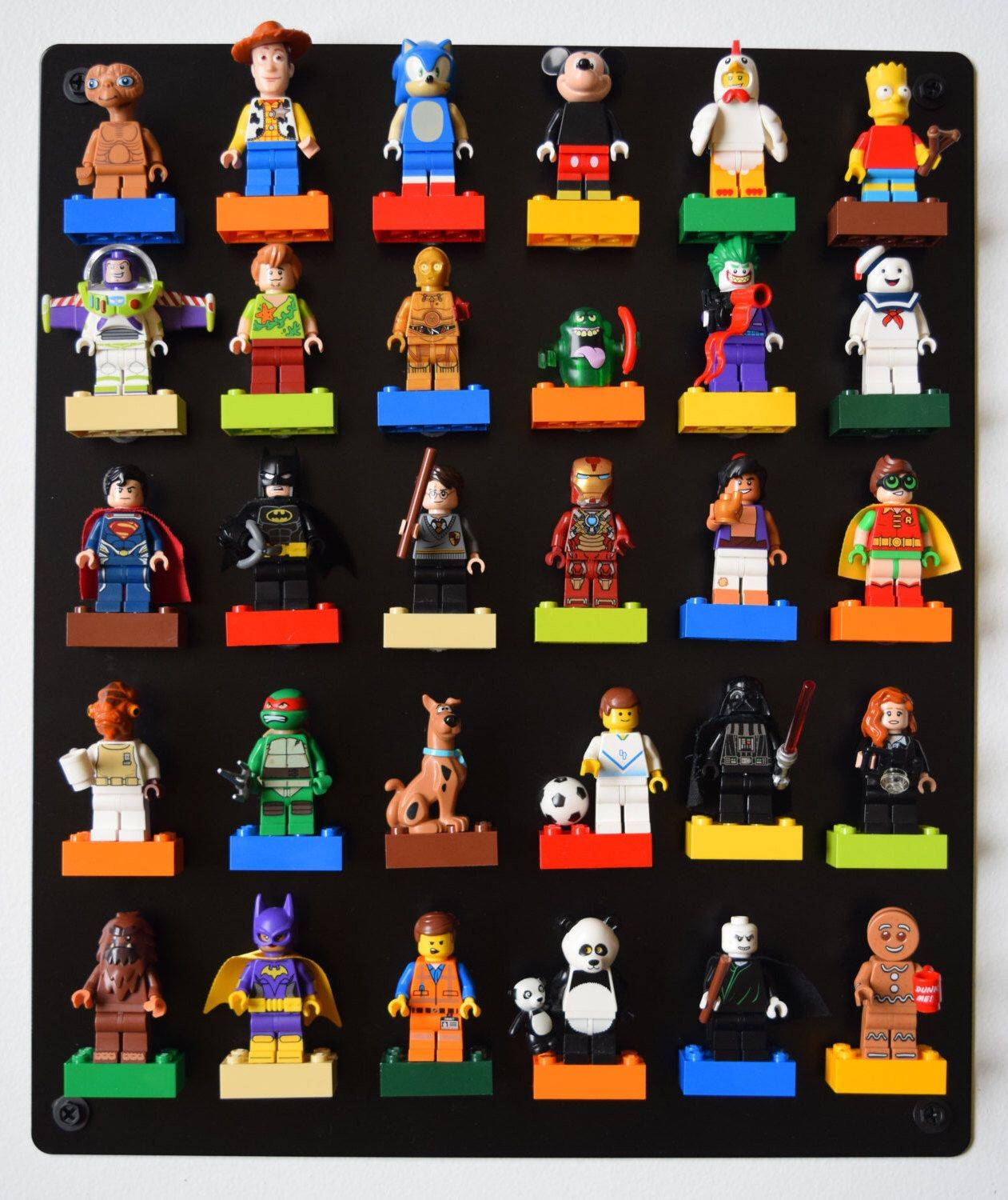 Lego Magnets, epic for showing different Mini Figures