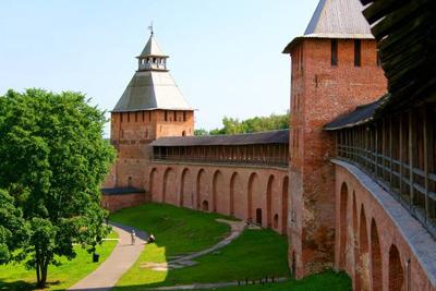 Индивидуальная экскурсия по Кремлю, Софийскому собору и Ярославову дворищу