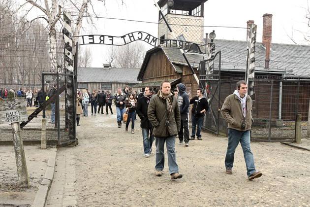 Групповая экскурсия в Освенцим