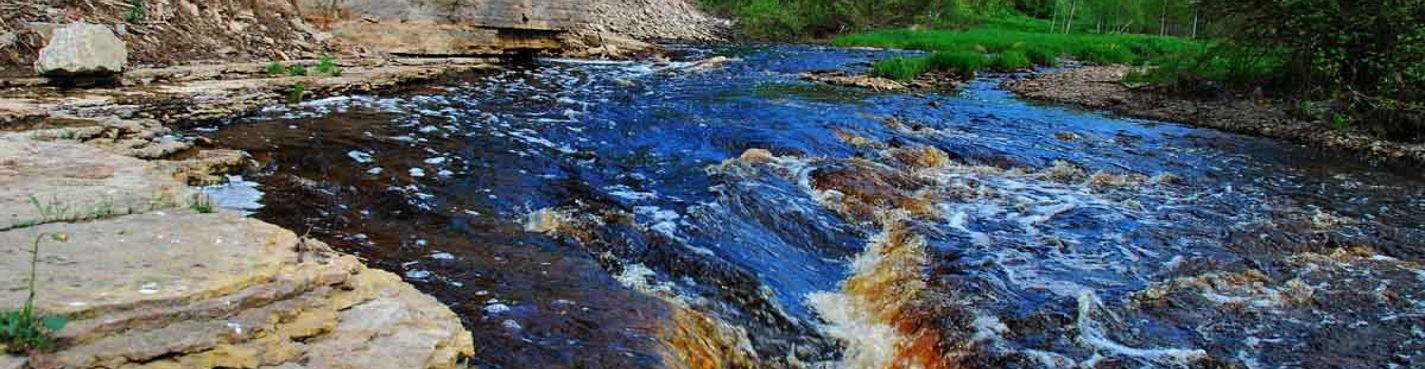 Canyon of Lava River