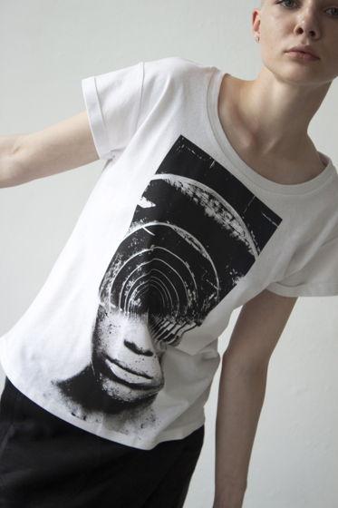 женская футболка прямого силуэта с принтом лабиринт