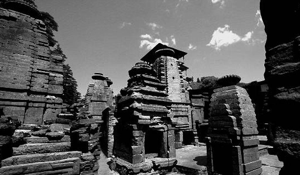 roots of jageshwar.jpg