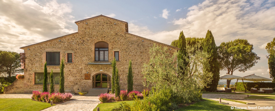 Hamburg - Hotel La Tabaccaia in typical Tuscan style with comfortable rooms and family atmosphere in the Toscana Resort Castelfalfi in Italy.