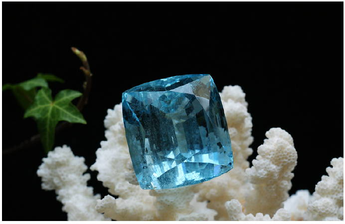 aquamarine gem yves lemay jewelry