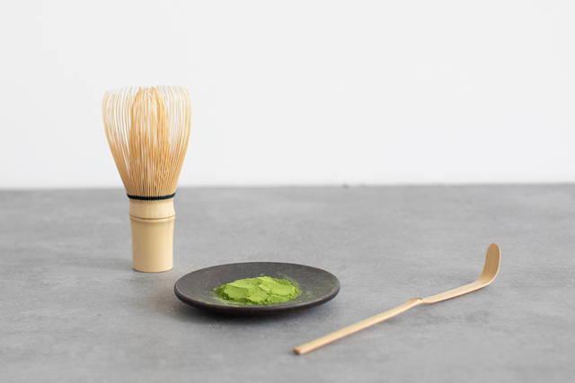 Matcha tea powder and tools