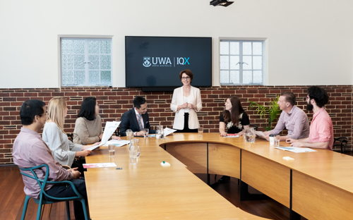 IQX Boardroom - The perfect training space with features to boot. - 0