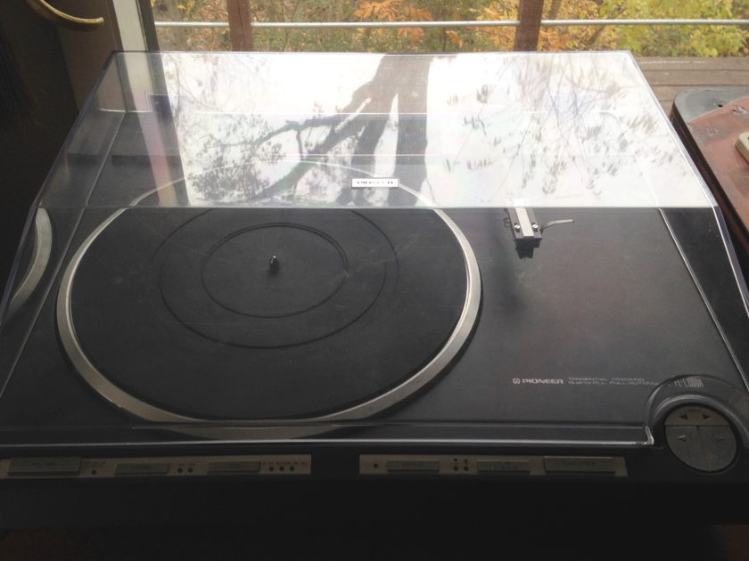 Pioneer PL-1000a Linear Drive  Turntable