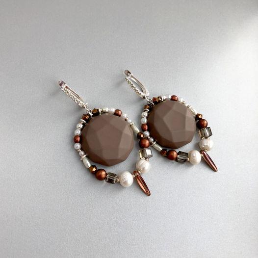 Серьги из глины с натуральным жемчугом и бирюзой