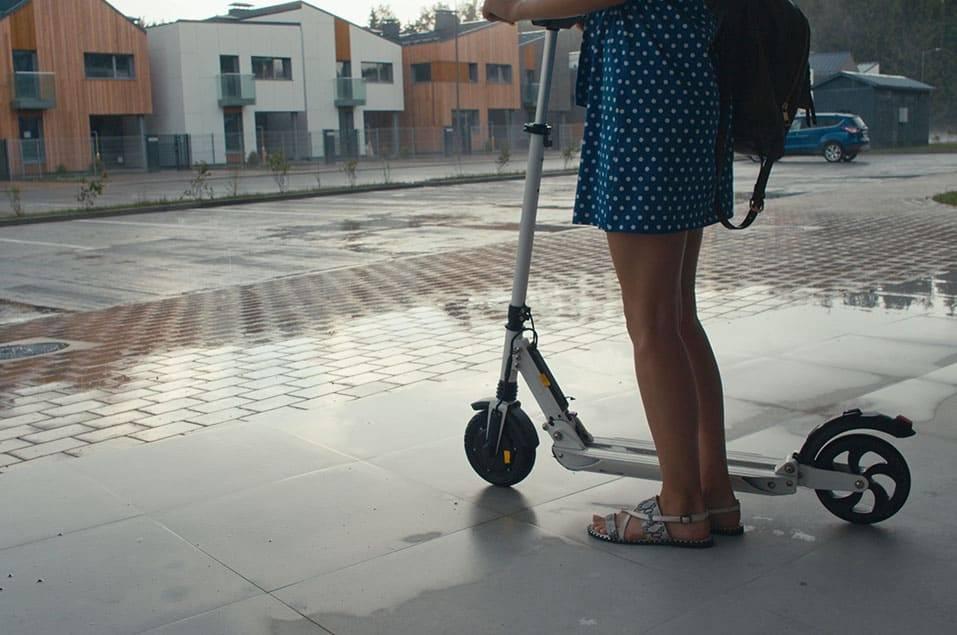 pluie-patinette-electrique