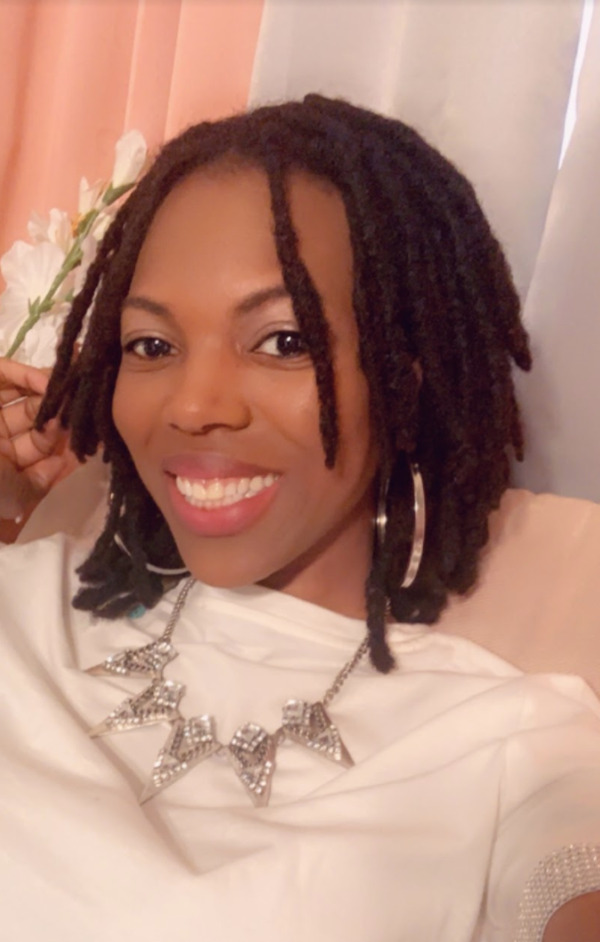 Keona tells her loc story