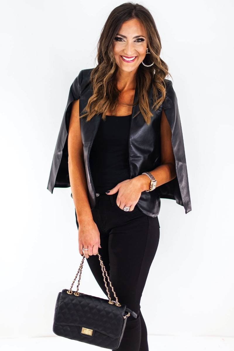 shop-style-your-sense-shop-holiday-cheer-2019-cape