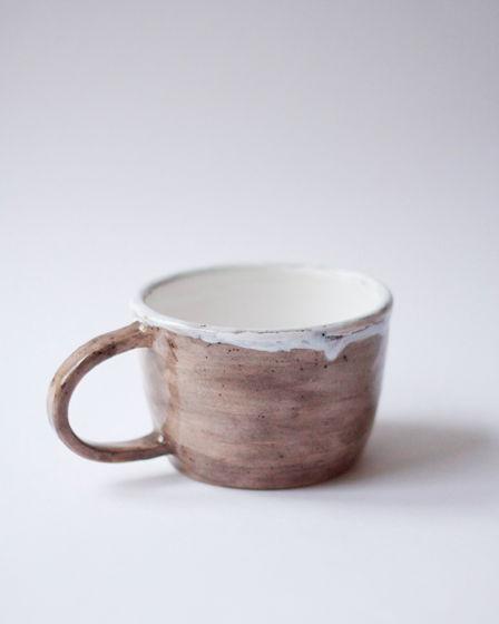 Серая керамическая чайная чашка