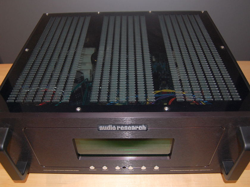 Audio Research Ref Phono 2 SE superb phono tube preamp in black