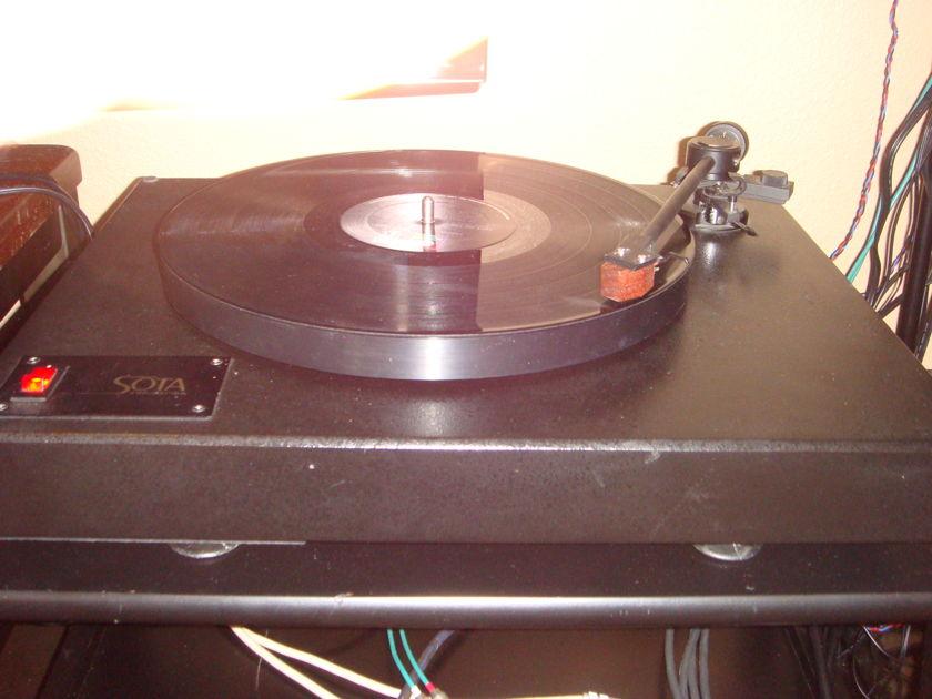 Sota Comet LMT tone-arm Grado Sonata Reference Cartridge