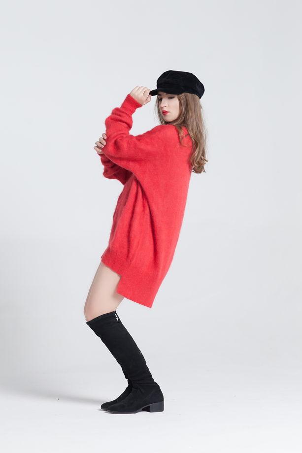Красный удлиненный свитер оверсайз с косой