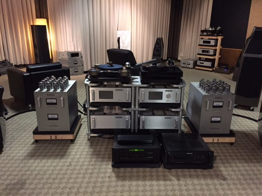 Audio Research Reference 750 Mono Block Amplifiers 1 pair Silver finish Demos.