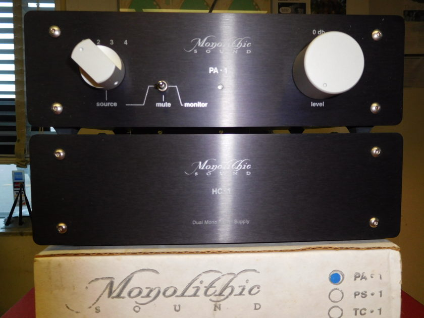 Monolithic PA-1 Preamp  HC-1 Power Supply